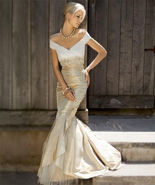 Любые недорогие свадебные платья имеют в себе какой-то внутренний дефект. Редко это бывает