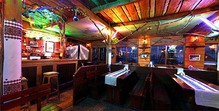Весёлый Гуцул ресторан изнутри